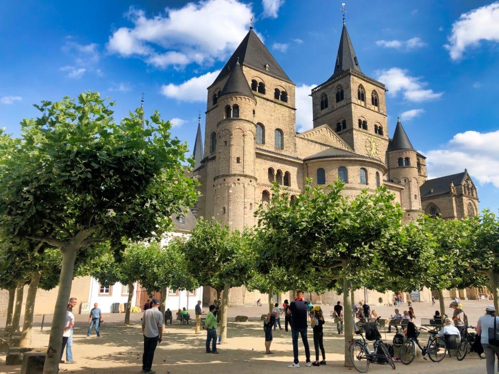 Trier kerk jeu de boule
